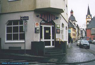 Sunday Matinée: Travel Diary 4 January 2001