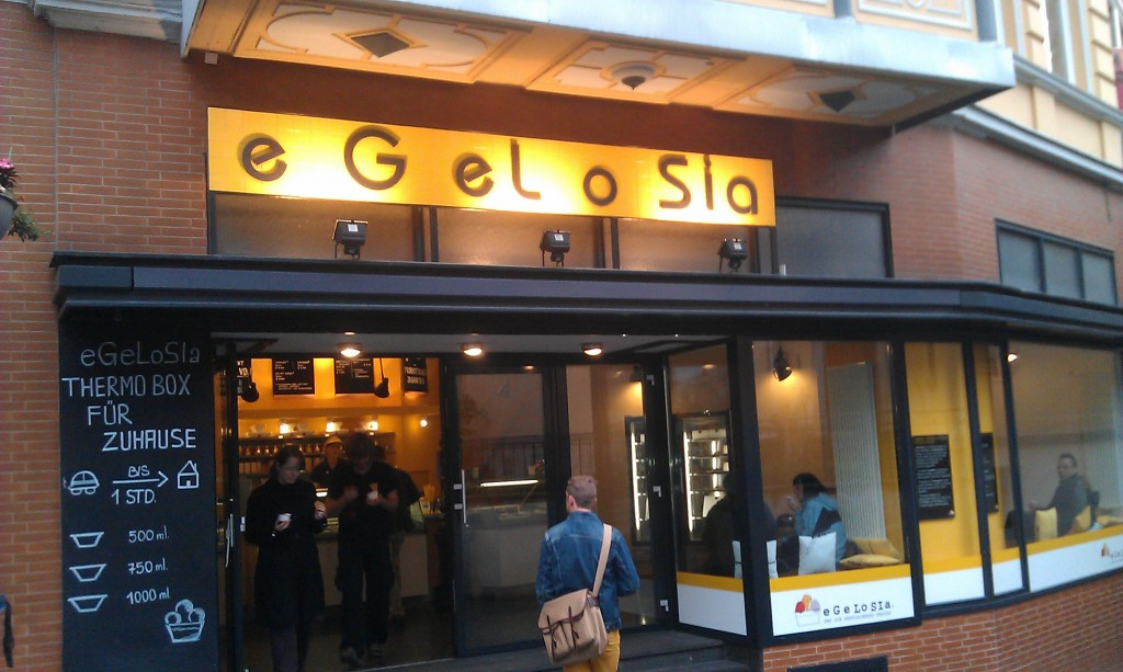 eGeLoSia shop front